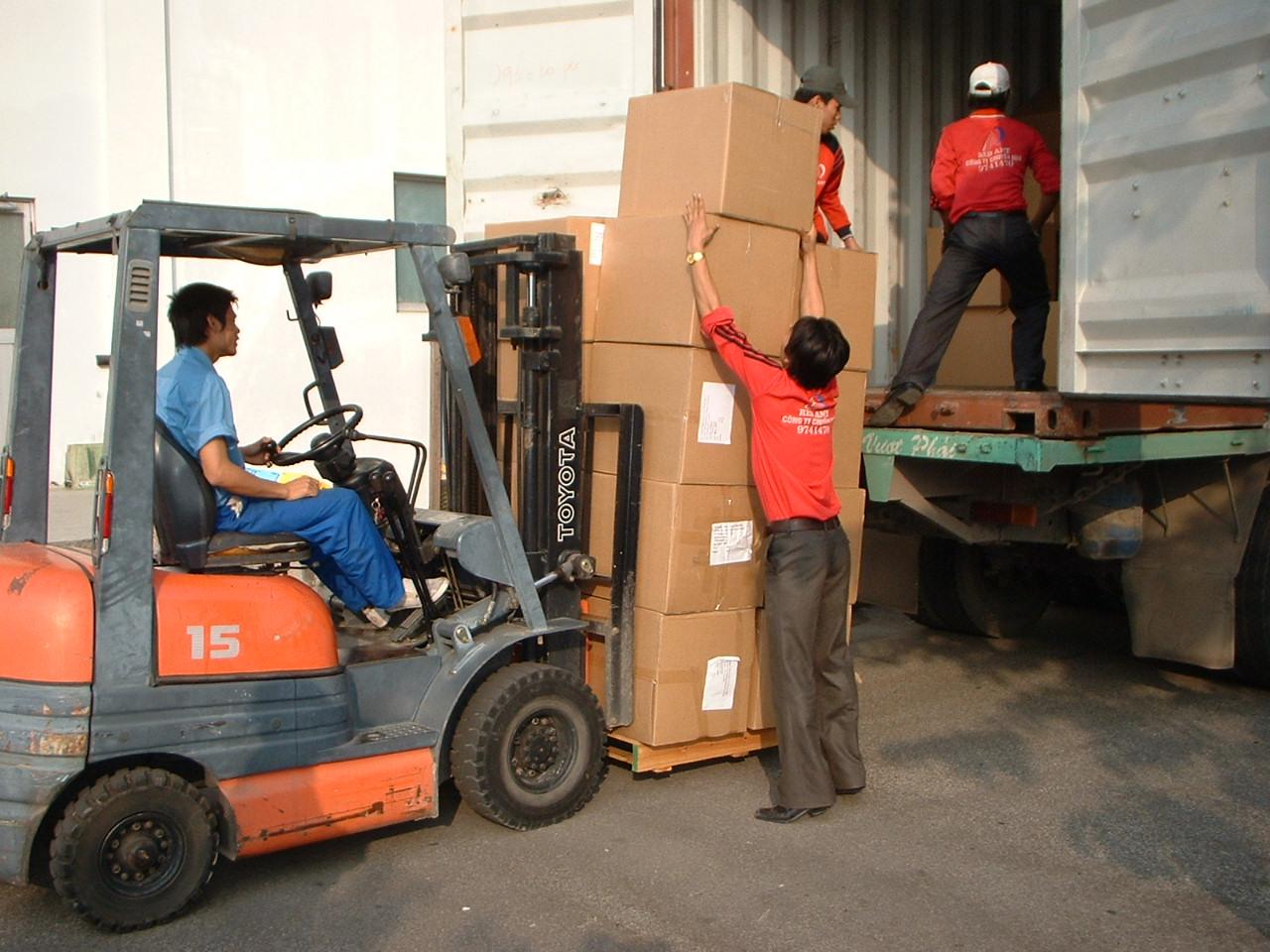 Dịch vụ bốc xếp và vận chuyển (coming soon)