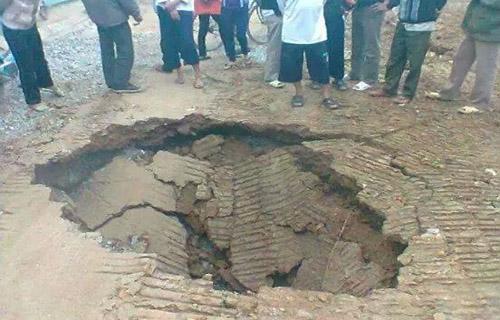 'Hố tử thần' ở Thanh Hóa tiếp tục sụt lún